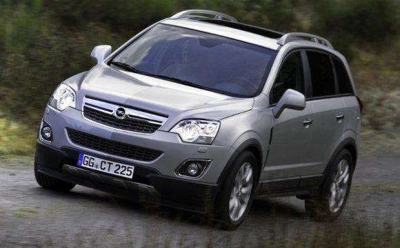 Внедорожники и кроссоверы Opel