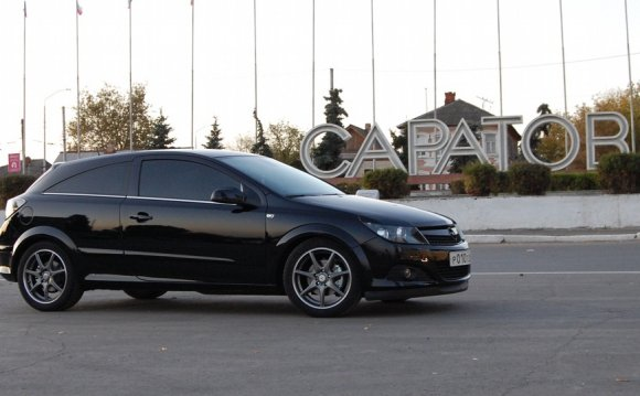 Opel Astra H GTC from Saratov