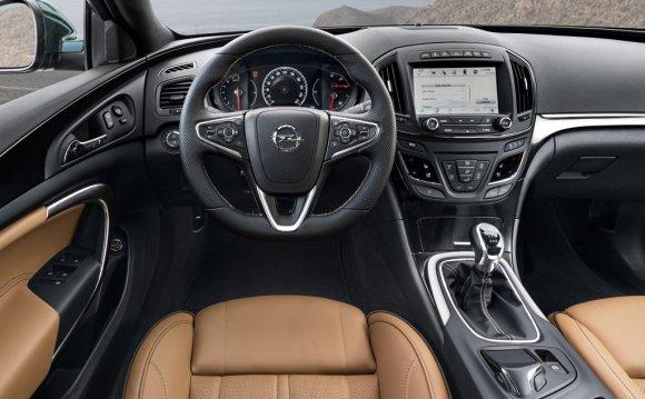 2013 Opel Insignia Interior