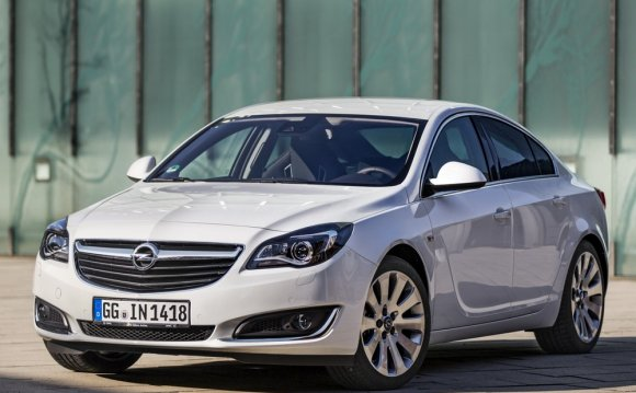 Opel Insignia 2014 — экстерьер