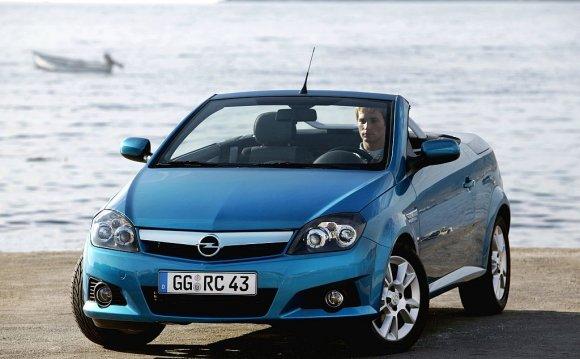 Opel Tigra. «